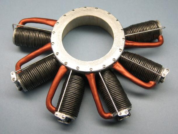 複葉機 ダミーエンジン 模型しよう! 模型が大好きなあなたへ! 複葉機 ダミーエンジン LeRh